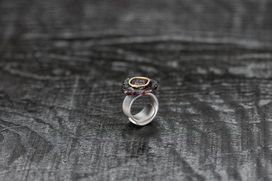 Urushi-Ring kaki Fruchtblatt, urushi, Gold 750, Silber 999 – Bild 1