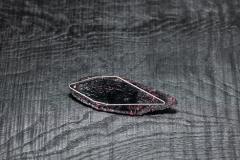Urushi-Brosche 'Fisch', schwarzer urushi, Stoff, Silber 925, Brillant