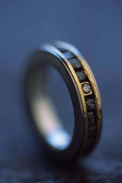 Rohdiamantring, Rohdiamanten, einen Brillant, Geldgold 916 und Silber 925