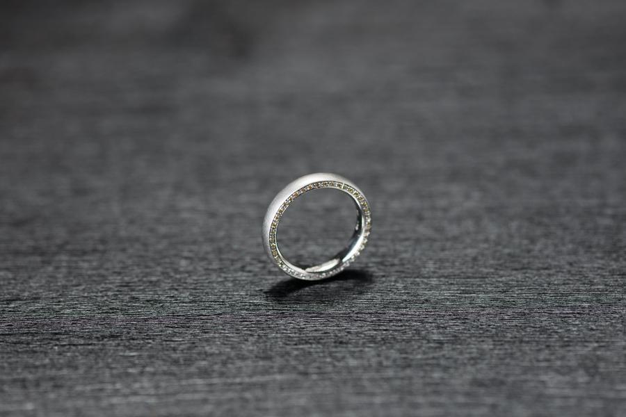 Ring, gelbe und weisse Brillanten, Platin 950