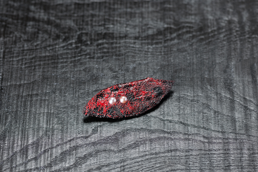 Urushi-Brosche, Perlen, urushi, Stoff
